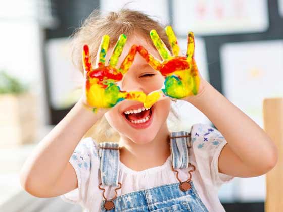 kraina dzieci - zajęcia artystyczne